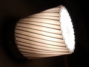 Twisted Lamp Shade (100 mm dia base)