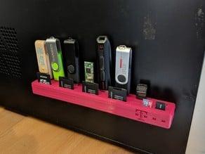 USB Drive & SD Card Organizer