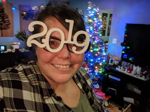 2019 hook on new years glasses
