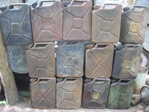 Jerrycans and barrels WW2 - 1/56th