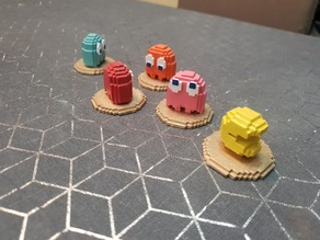 Pac-Man and Ghosts - 8-Bit Figures