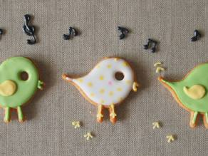 Tetoteto-chan (Cookie cutter in the shape of small bird.)