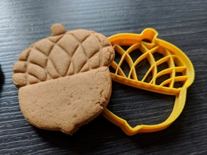 Cookie cutter - Acorn - Works super easy, great results