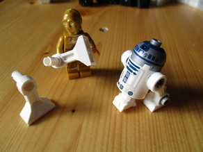 improved R2-D2 Minifig legs