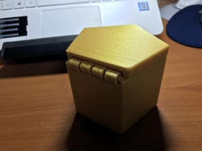 Small Box with cover