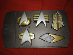 Star Trek Renegades Combadge