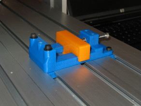 Small vise for 4030 CNC router