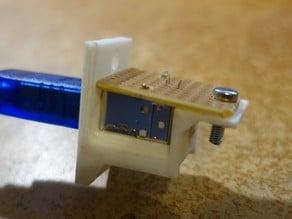 USB B Holder