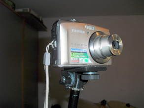Camera holder on microphone stand