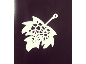Voronoi maple leaf