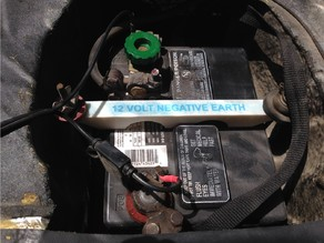 MG MGB Battery Hold Down