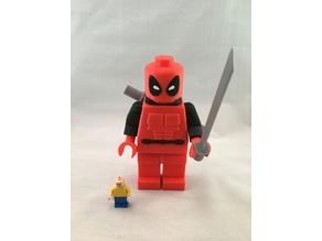 Giant LEGO Deadpool (additions)