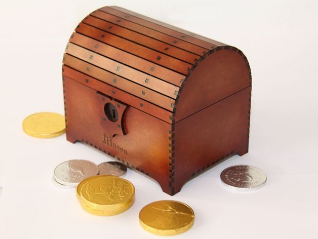 Treasure Chest with Lock by SeanCF - Thingiverse
