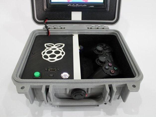 Retro Pie Box Version 2 - Portable Raspberry Pi Emulation Console