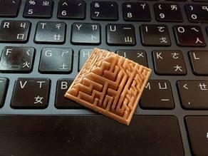 Maze pyramid generator - easy style