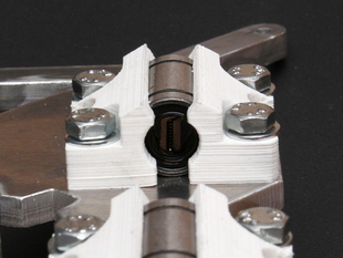 Zero Height LM8UU Bearing Holder