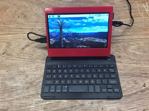 Raspberry Touchscreen 7 inch. Case w. Fan