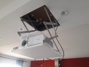 projector scissors lift