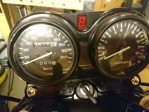 Suzuki GS500E gear indicator mount