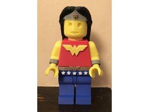 Lego Giant Minifigure Wonder Woman