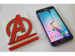 Soporte Celular con escudo de Avengers
