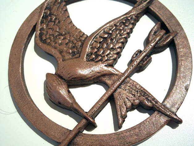 Hunger games mockingjay pendant by hitoprl thingiverse mozeypictures Images