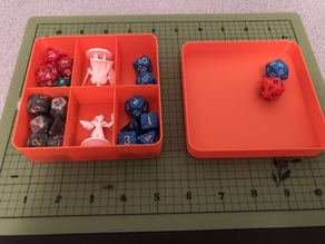 Simple D&D 2 mini and 10+ dice box with dice tray lid