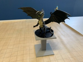 D&D Flight Stand (Huge)