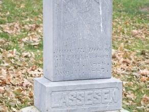Lassesen Grave Monument