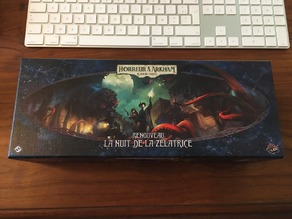 """Return to the Night of the Zealot - """"Deck Box"""" insert"""