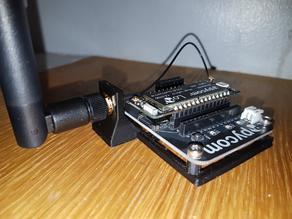 PyCom expansion board & antenna holder