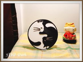 Tai Chi Cat (with holder) 太極貓