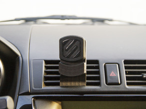 Magnetic Phone Mount for Mazda3
