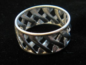 linkBracelet (or Ring when scaled!)