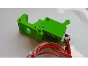 Extruder cover for Zaribo 220 or 320