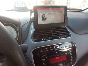"Attachment of tablet 7"" FIAT PUNTO evo"