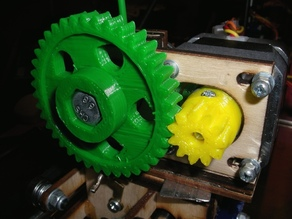 Wade's Small Gear with Ring Nut
