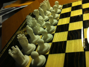 Low profile Thingiversal Chess Set - Primordial
