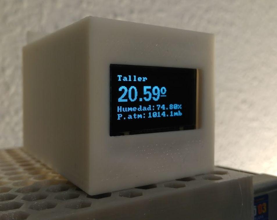 LCD SCREEN CASE - 0 96