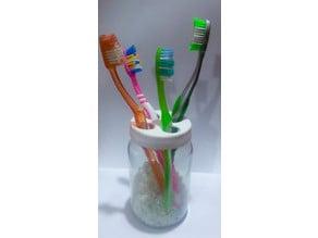 Adaptable toothbrush holder