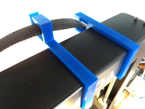Clip-on cable guide for Anycubic i3 Mega top frame