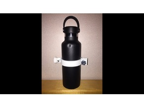 Bottle, can, cup, etc holder for prosthetic hand