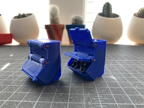 Mini parts bin with filament hinges
