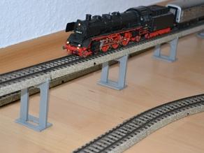 bridge pillar for Maerklin H0 model train M tracks - scalable height