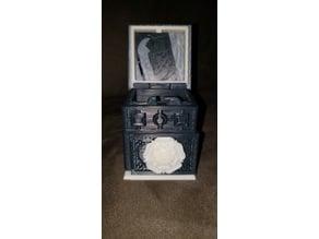 Tudor Family Lock Box