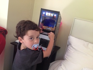 Scaled-Down Space Invaders Game With Raspberry Pi