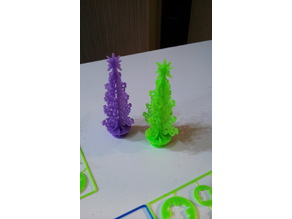 Credit card Christmas tree puzzle