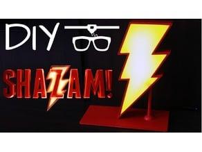 Shazam Lamp (Luminária)