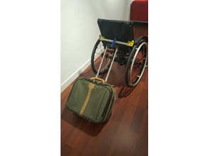 Soporte para tubo horizontal para silla de ruedas (Horizontal tube holder for wheelchair)