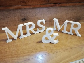 Mr & Mrs Wedding Letters Dekoration